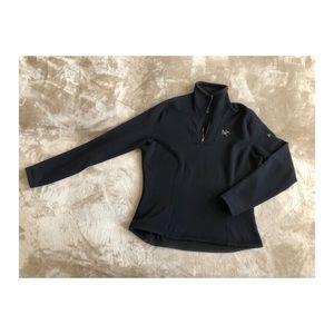 Arc'teryx polartec fleece black fitted pullover